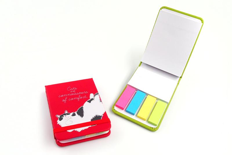 付箋ケースを1個からオリジナルプリント製作。ハードカバー付き付箋セットのオリジナルグッズの作成ならヨツバ印刷️