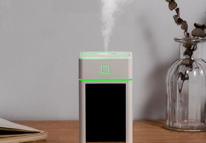 USB接続できる加湿器。静音運転&超微粒ミスト
