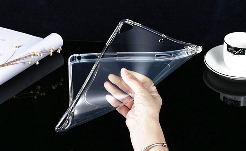 衝撃吸収iPadクリアTPUケースは落下・キズ・汚れの防止に役立ちます。