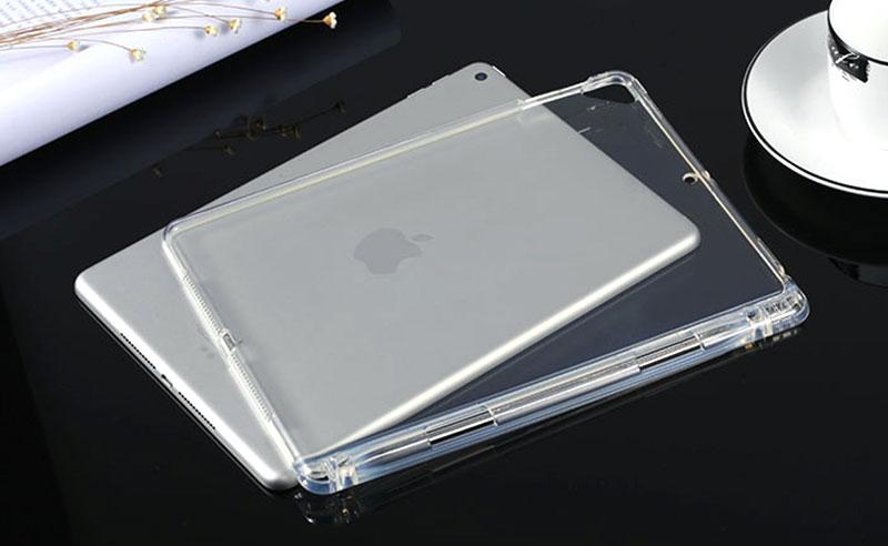 豊富なサイズ展開。あなたにぴったりなiPadソフトケースをお選びください。
