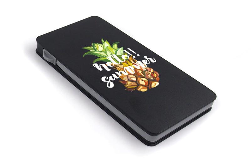 Qi対応ケーブル収納型モバイルバッテリー5000mAh充電器の特徴